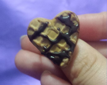 Ring Fimo chocolate sauce and waffle