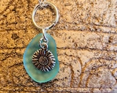 Daisy sea glass pendant...
