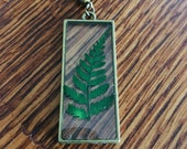 Pressed fern resin neckla...