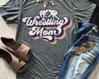 Wrestling Shirt Fight Til The End Wrestler Mom Shirt T-Shirt T Shirt Tee Shirt Fun Minimalist Sports Wrestling Mom Parent