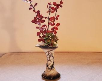 Dragonware Bud Vase Japan   #490 SONSCO