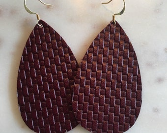 Maroon, basketweave leather earrings. Lightweight leather, handmade leather earrings.