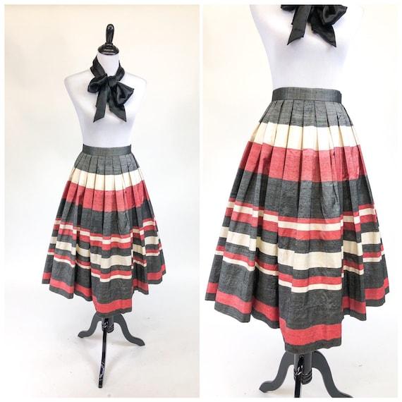 Chic! Vintage 1950s Pleated Striped Silk Full Skir