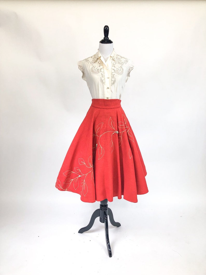 Vintage 1950s Coral Embroidered Beaded Circle Skirt S Gorgeous