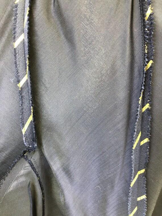 Chic! Vintage 1960s Navy & Gold Stripe Wool Princ… - image 9
