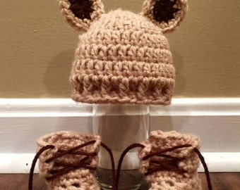 Little Bear Cub Hat and Booties Set/ Baby Hat and Booties