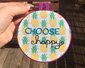 "Embroidery wall hanging ""Choose Happy"""