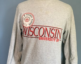 Vintage University of Wisconsin Madison 1990s Champion Crewneck Sweatshirt / vintage sweatshirt / NCAA Sweatshirt / football Medium