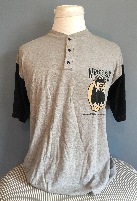 Vintage Chicago White Tasmanian Devil Looney Tunes 1990s MLB Baseball tee  tshirt / vintage mlb baseball tshirt XL