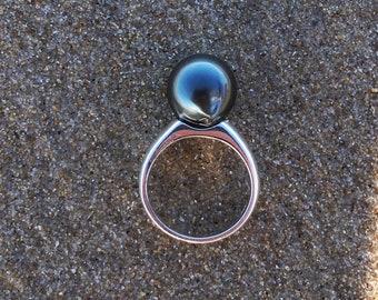 REN RING - Small Ring band - Elegant Pearl Ring