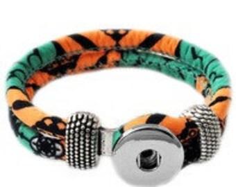 Tropcial Cloth Button Bracelet