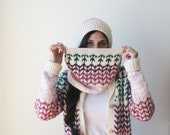 Infinite scarf-tassels co...