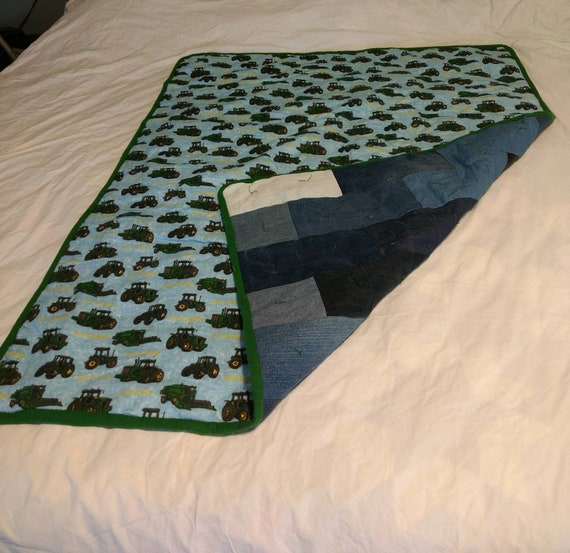 QT64D Marked down Sale but big enough for King size with a dust ruffle Queen size Intricate Vintage quilting