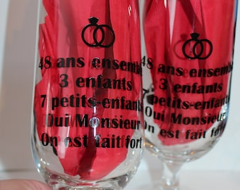 "Pair of glasses for beer ""anniversary with custom text."