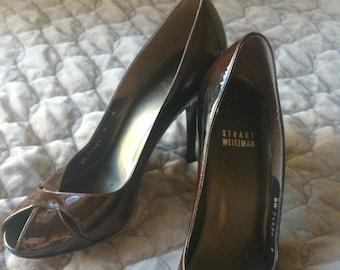 Stuart Weitzman brown patent leather heels sz. 9