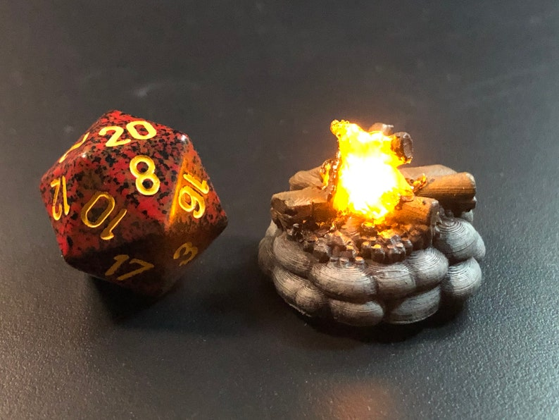 Tiny 28mm 1 D&D Campfire with Flickering LED flame for image 0