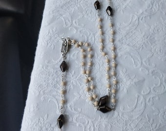 Beaded rosary tan and brown
