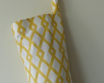 Grocery Bag Holder - Yellow and White Lattice