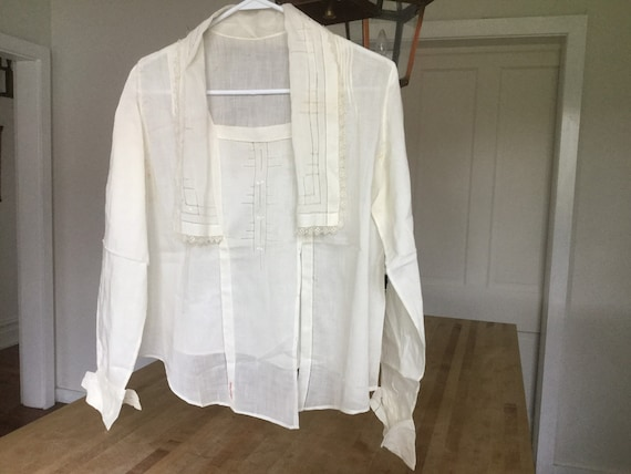 Antique Edwardian/Victorian cotton blouse
