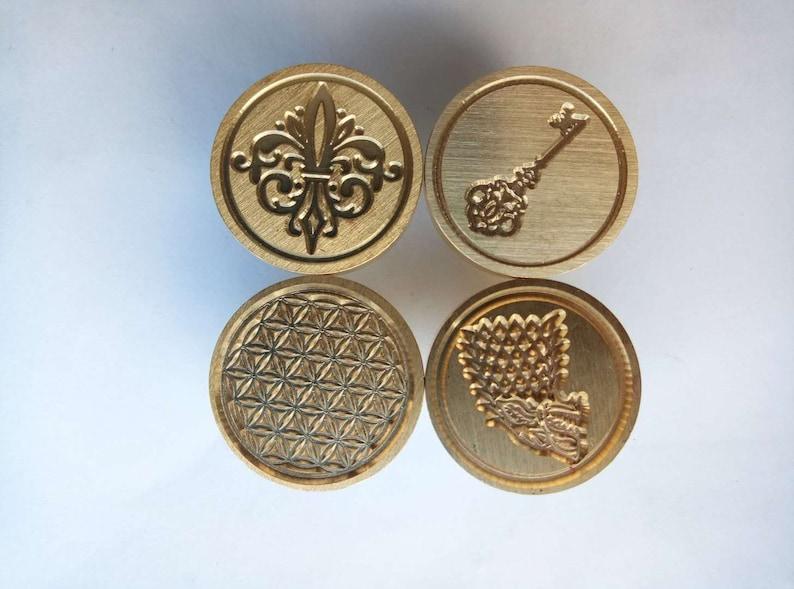Queen Bee Wax Seal Stampwedding Wax sealing stampbee with queen wax sealing stampWax sealing kitwedding invitation wax seal stamp