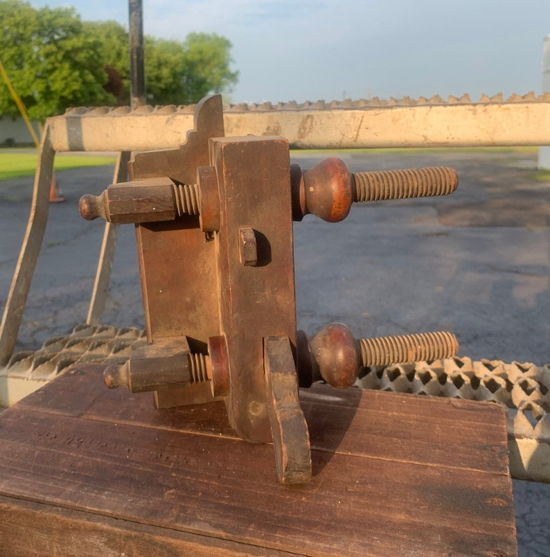 Vintage Screw Arm Wood Plane Antique Woodworking Tool No A Howland /& Co 88 NY Plow Plane