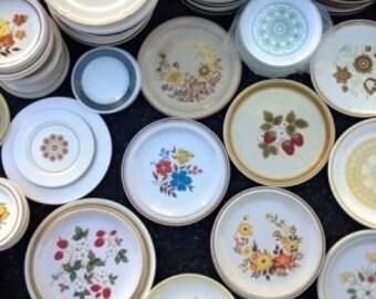 MIsmatched set of 4 dinner plates, 1970s stoneware designs Japan, Korea, European funky fun!