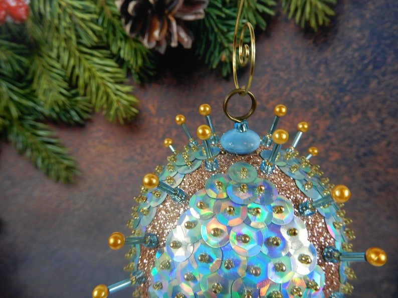 Nostalgic Retro Ornament Ice Blue /& Gold Sequin Beaded Christmas Ornament Tree Decoration Glass Beads