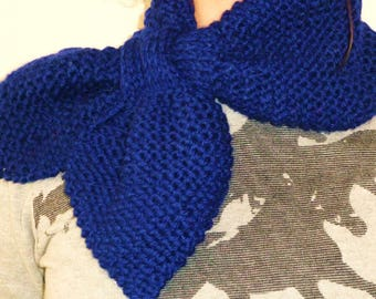 Bow scarf hand knitted