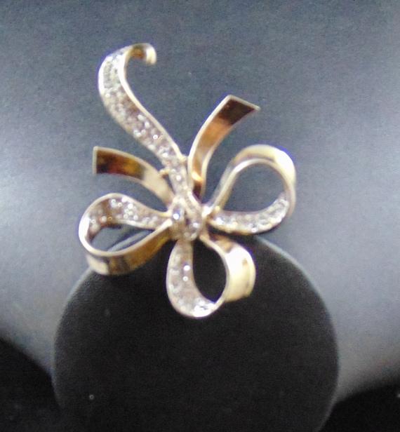 Vintage Signed Crown Trifari Sterling Vermeil Bow Motif Brooch Pin