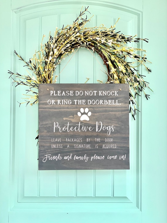 Hanging Front Door Sign | Front Porch Sign | Do Not Knock | Protective Dogs | Outdoor Sign | Housewarming Gift | Gift for Dog Lovers | Rusti