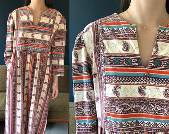 1970s vintage hippie indian paisley block print kaftan maxi dress by Danville