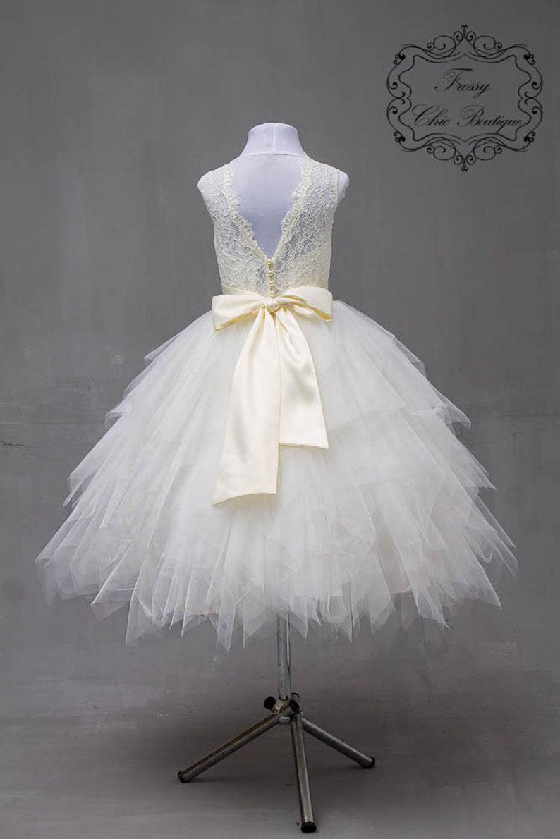 651bdc6ce1491 Robes de fille de fleur dentelle tulle champagne les filles