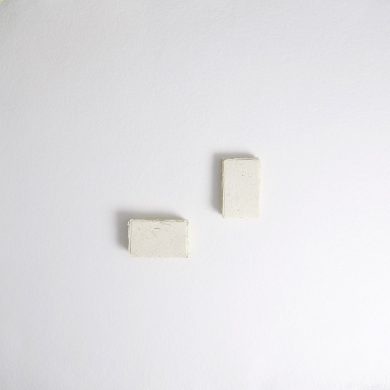 2 x 3.1 Place card 210gsm Ivory & Straw image 0