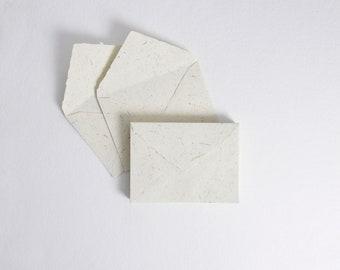 "5.25"" x 7.25"", Ivory & Straw Handmade Deckle Edge Envelopes // Deckle Edge Envelopes, Cotton Envelopes, RSVP Envelope, Invitation Envelopes"