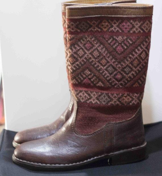 c1df7edbb9a0a Cuir véritable avec tapis Maroc bottes Kilim fait main bottes chaussons  chaussons bottes vert bottes d hiver chaussures multicolore école  chaussures d hiver ...