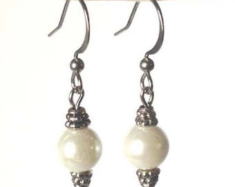 CLEARANCE - Pearl Drops - Priced TO GO