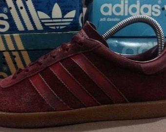 5e3a1ad7f3f2b Vintage adidas shoes | Etsy