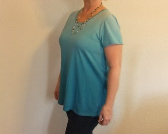 Teal Ombre Cotton Knit Tunic with Short Sleeves - Women's Large