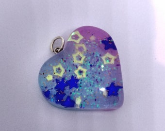 Heart pendant in shades of pink and purple