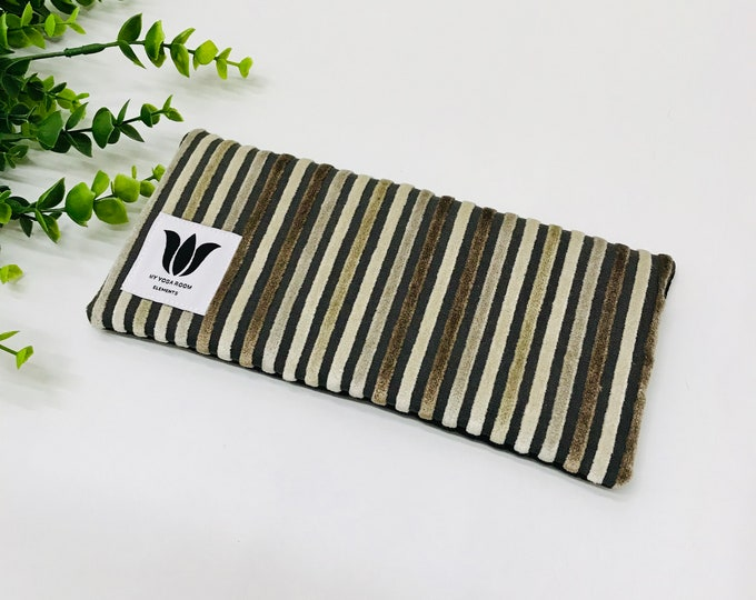 Plush Brown Eye Pillow | Eye Shade | Made In Canada | Yoga Prop | Organic Flax Seed Fill | UNSCENTED Eye Compress to Relieve Eye Strain