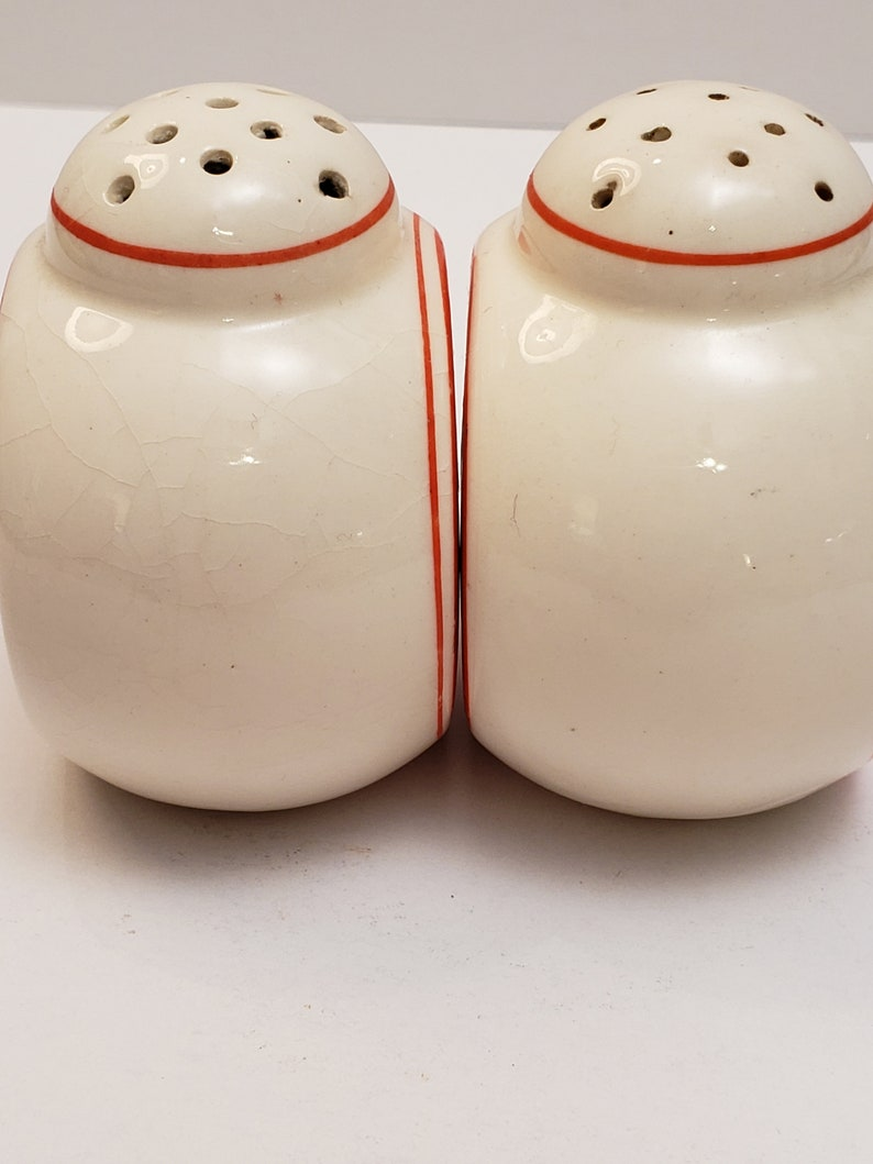 Salt /& Pepper Shakers Collectible Collectible Holt Howard Vintage Holt Howard Mid Century Salt and Pepper Shakers