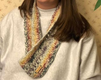 Knit cowl in lightweight wool