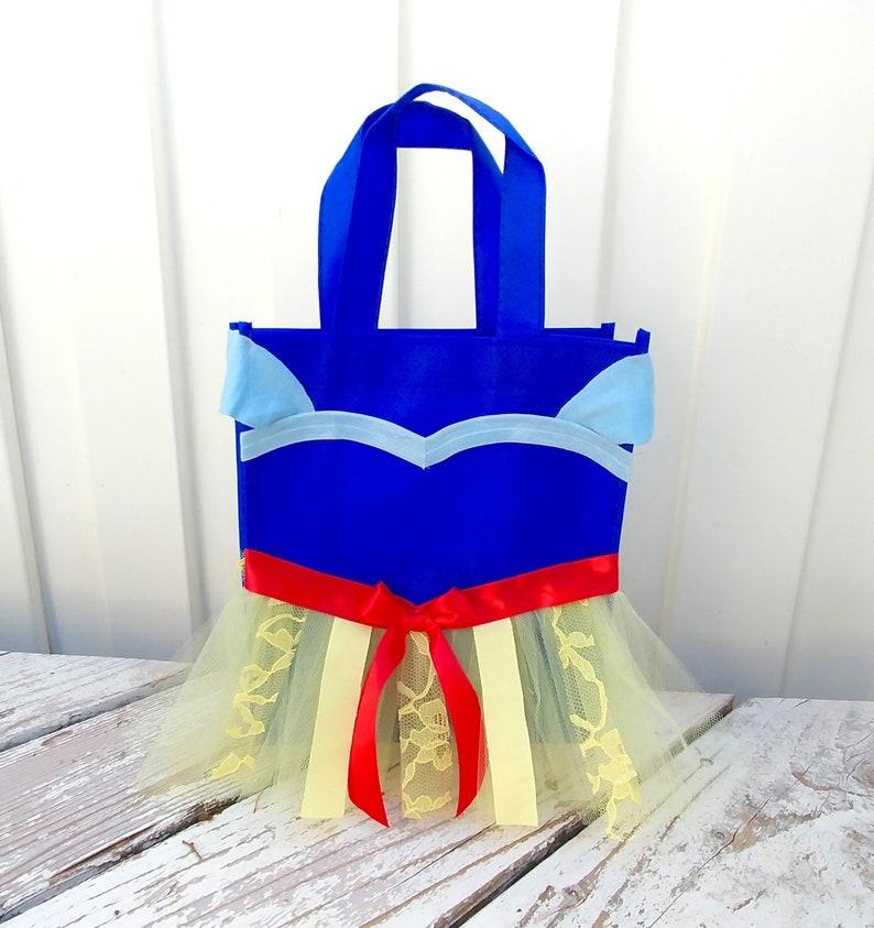 Moana Frozen Trick or treat bags Belle Rapunzel Ariel Halloween Candy Bag Disney Princess Totes Jasmine Princess Costume Bags