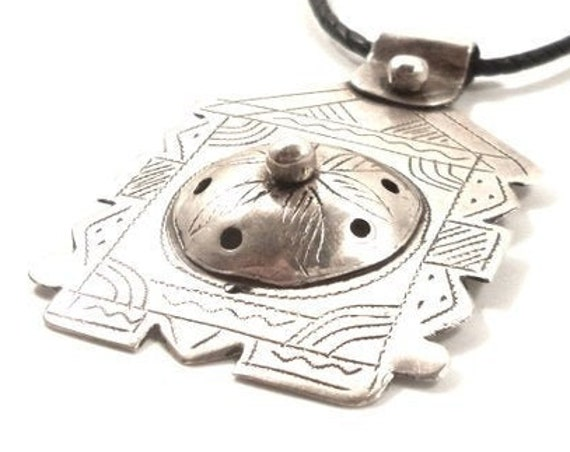 TUAREG SILVER NECKLACE -Rare find! Authentic Silver Moroccan Tuareg necklace Tribal Trunk