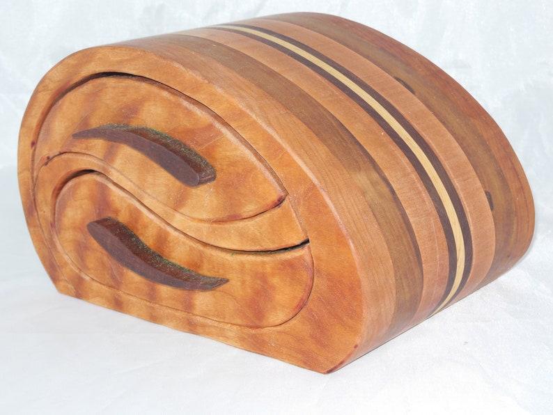 Home Decor Keepsake Bandsaw Wooden Box