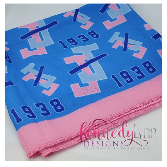 Dazzling scarf with Jack and Jill logo pattern
