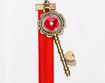 Red Flower Hearts Key