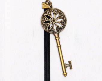 Bronze Flower Key