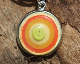Quilled necklace with yellow mini button focal in bezel - Orange/Yellow