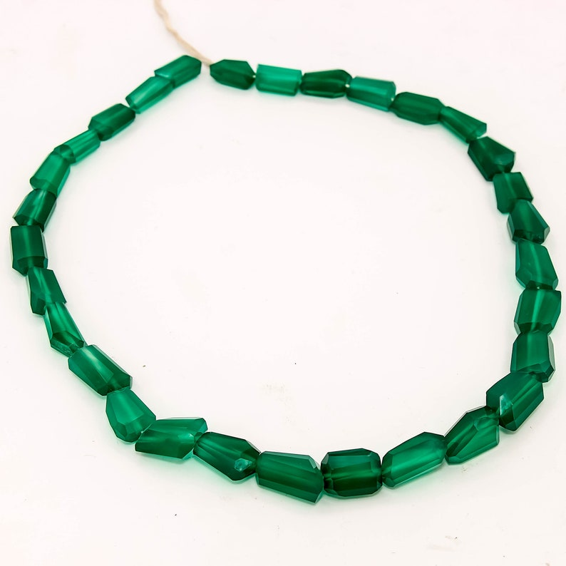 Natural Green Onyx Nuggets Faceted Gemstone Beads 16/'/'Single Strand7x12-12x14mm 185ct.
